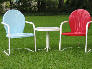 Metal lawn chair, tulip chair, shell chair, motel chair